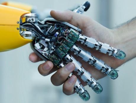 Что отличает программного робота от человека: преимущества роботизации (Часть 12)